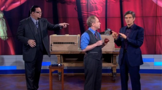 Penn and Teller_ Ultimate Medical Myths Busted! | The Dr. Oz Show.jpg